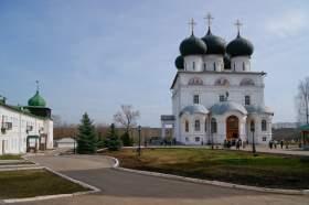 Весна. Трифонов монастырь, hram-6266