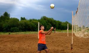Волейбол на пляже. Ливень, plag-019