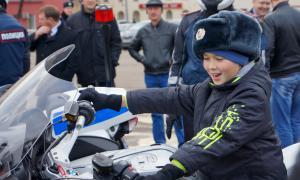 Мотоциклы BMW для нашей полиции, plm-060