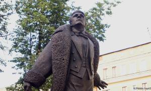 Памятник Федору Шаляпину, shalapin-006