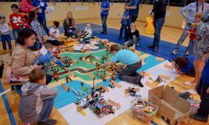Региональный этап Всемирной Олимпиады роботов, roboty-025