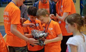 Региональный этап Всемирной Олимпиады роботов, roboty-069