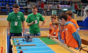 Региональный этап Всемирной Олимпиады роботов, roboty-071