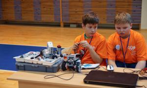 Региональный этап Всемирной Олимпиады роботов, roboty-074