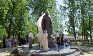 Открытие памятника Трифону Вятскому, trifon-021