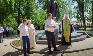 Открытие памятника Трифону Вятскому, trifon-026