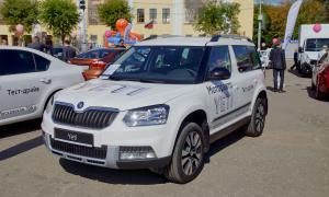 Авто на Театральной площади, 2015-08-22-theatrl-014