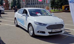 Авто на Театральной площади, 2015-08-22-theatrl-016