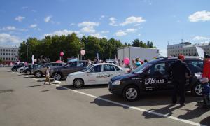 Авто на Театральной площади, 2015-08-22-theatrl-019