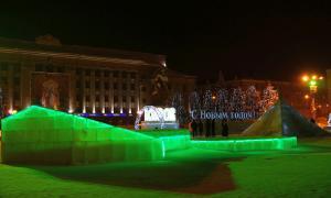 Новогодняя Театральная площадь, Happy-pl-06