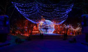 Новогодняя Театральная площадь, Happy-pl-14